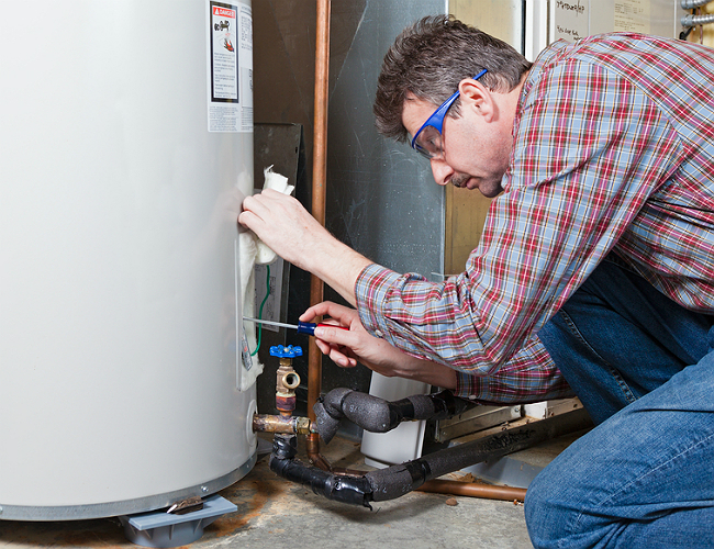 How to Remove Deposits From Hot Water Tanks