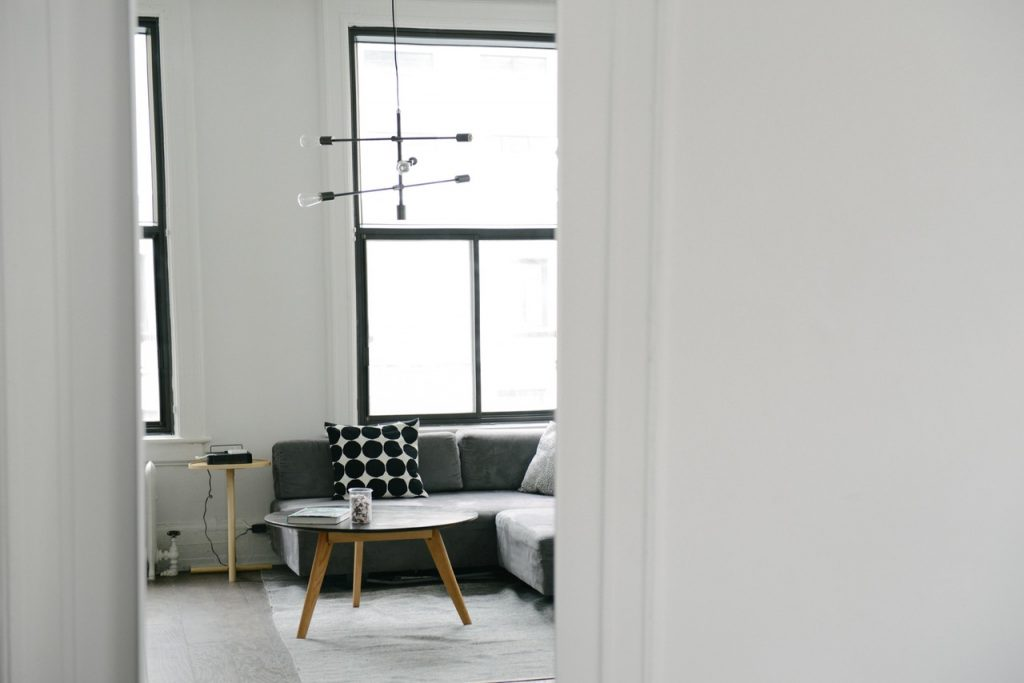 10 Tips To Style Your Monochromatic Home