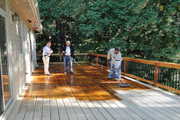 deck cleaning service