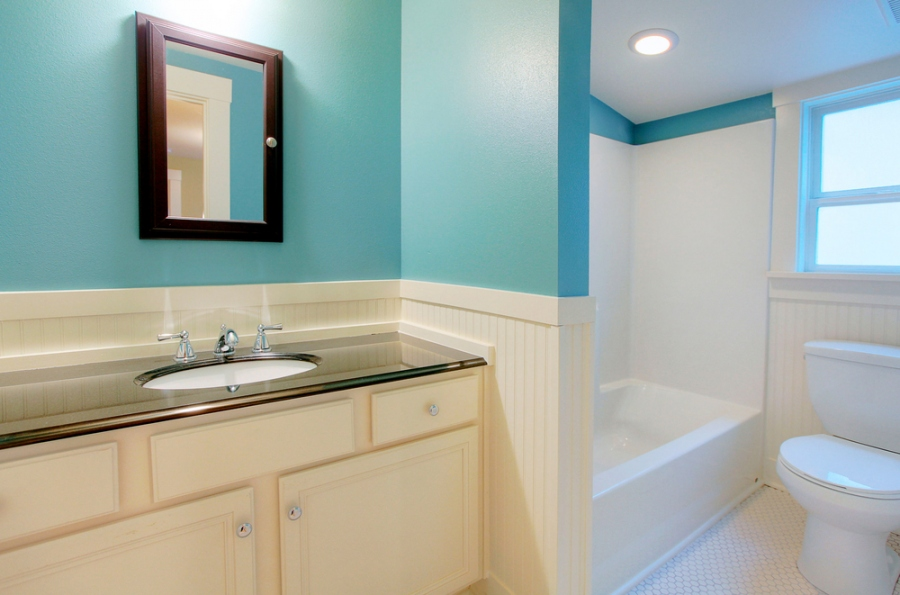 How To Fix Up Your Bathroom On A Budget