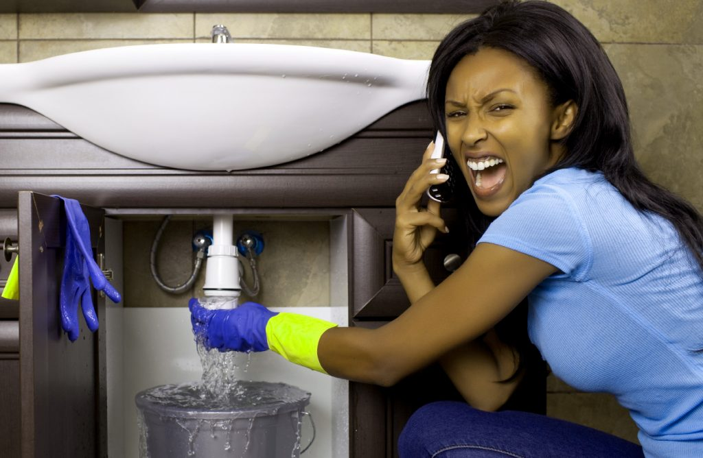 Know the Signs of Plumbing Problems