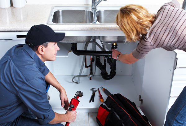 Spotting The Apparently Small Plumbing Issues Which Can Take A Major Form – Mending Tips