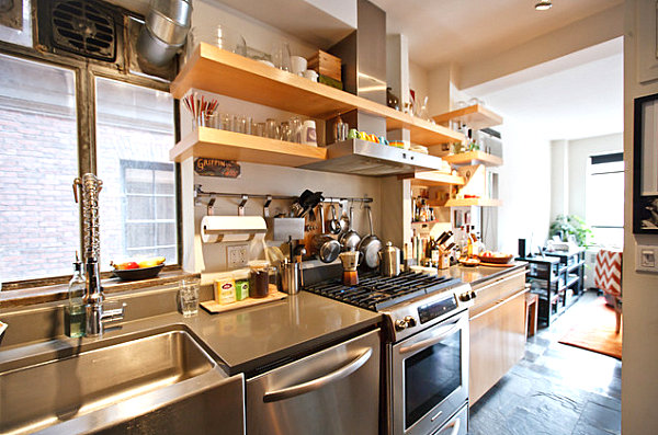Functional-kitchen-with-ample-shelving