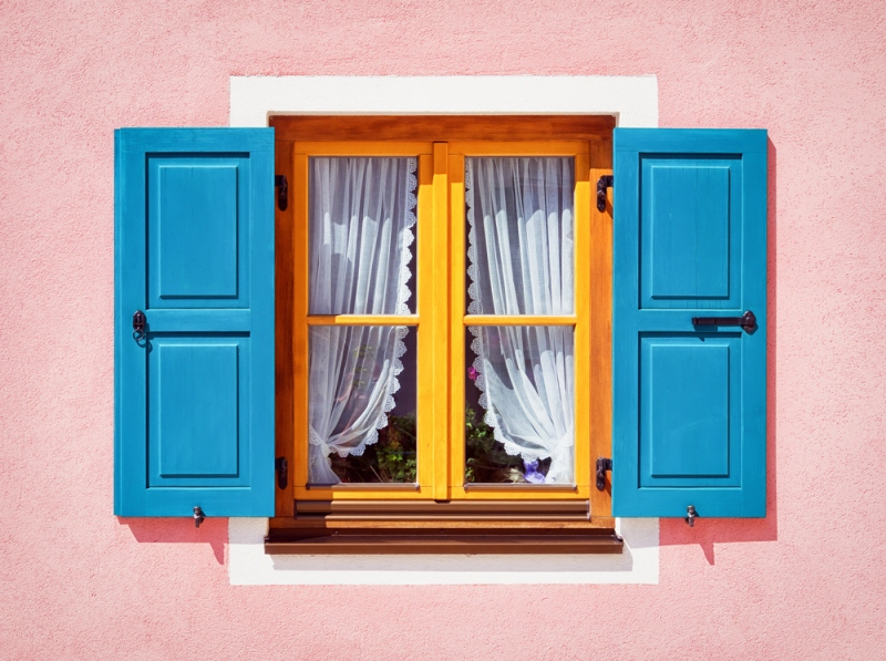 What Are The Advantages Of Getting Wood Windows?